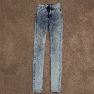 H and M skinny jeans